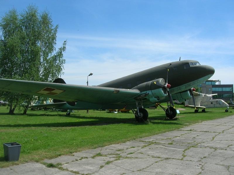 (Photo)米陸軍大戦機と言えば…C47/DC3
