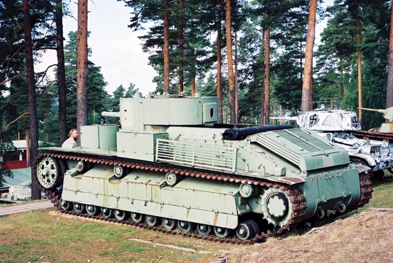 Photo) パロラ戦車博物館のロシ...