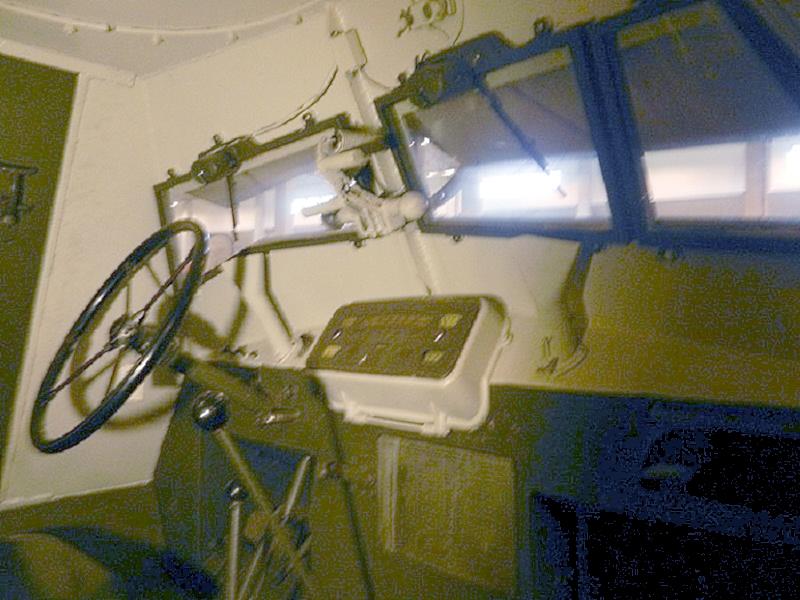 (Photo)スウェーデン装甲兵員輸送車 Tgbil m/42KP