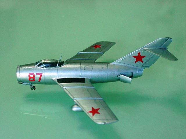 MiG 15 (航空機)の画像 p1_18