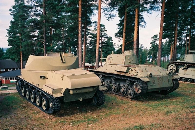 (Photo) 北欧の対空自走砲 L-62 & Lukv fm/43